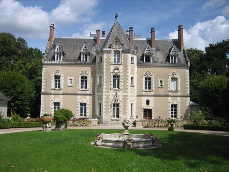 Le Château de Fontenay à BLERE ©