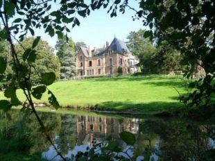 """Gîte de séjour """"le Château"""" Domaine du Ciran à MENESTREAU-EN-VILLETTE - 2  ©"""