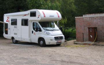 Aire de stationnement pour camping-cars Marcilly en Villette à MARCILLY-EN-VILLETTE ©