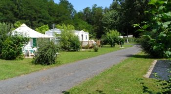 camping-chateau-la-valliere-chalet-toile