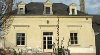 domaine-vinqueur-st-nicolas-bourgueil-facade-credit-delphis-2019