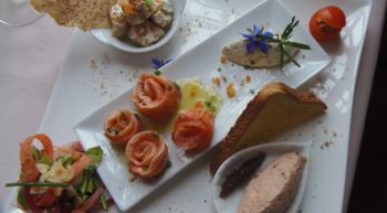 le moulin bleu – assiette – © chantal breton