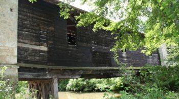 Pont de bois couvert au Pont-Chrétien