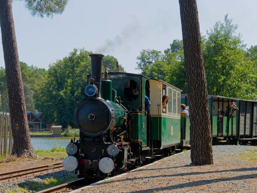 The steam train of Rillé à RILLE ©