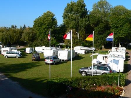 Camping-Parc-des-Loisirs-Le-Val-Fleuri