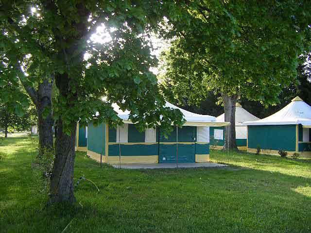 Camping couleurs du monde à FAVEROLLES-SUR-CHER - 4  ©