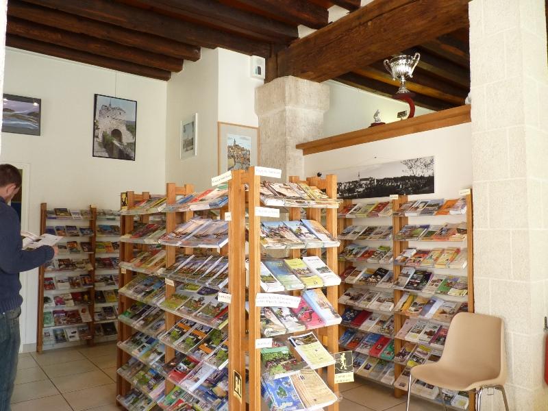 Office de tourisme Terres de Loire et Canaux – Bureau d'accueil de Châtillon-sur-Loire à CHATILLON-SUR-LOIRE © OT Châtillon sur Loire