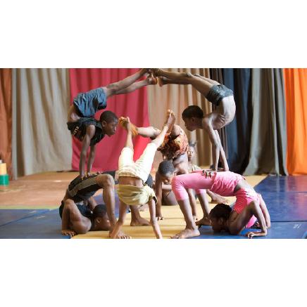 Arts du cirque –  Animé par Camille Roquencourt de la Cie Double Jeu à GOMMERVILLE © cccb