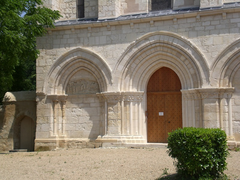 Eglise du Prieuré Saint-Martial à RUFFEC © ADTI