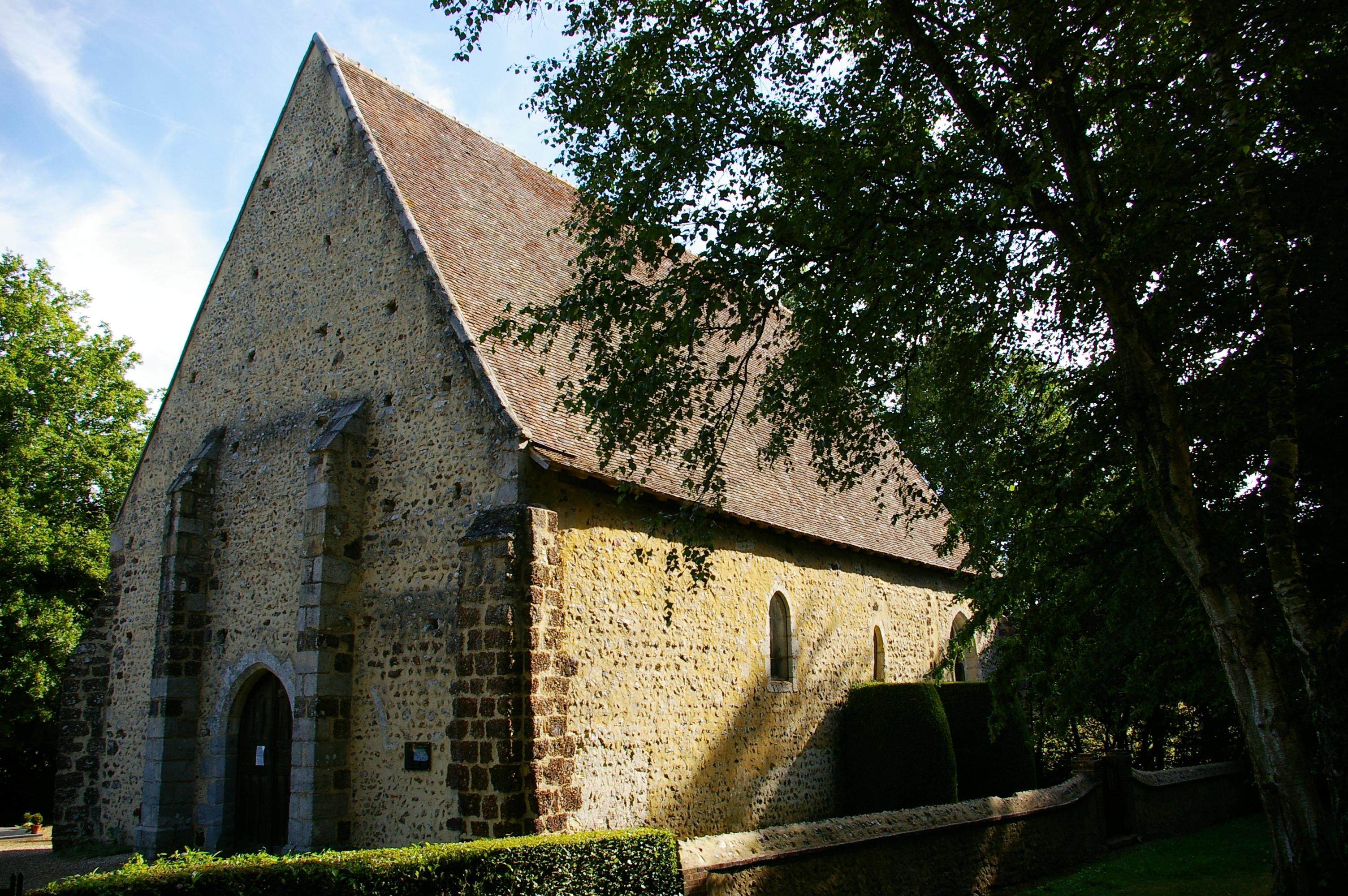 Visites commentée de la Chapelle Saint-Pierre de Réveillon à LA FERTE-VIDAME © OT Forêts du Perche