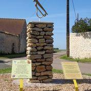Stèle d'un clairon de l'Armistice à INTREVILLE - 2  © mtcb