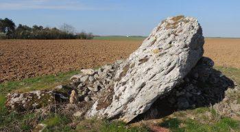 Bazoches_les_hautes_dolmen_de_la_grosse_pierre