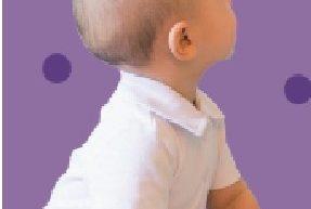 Bébé croque livre
