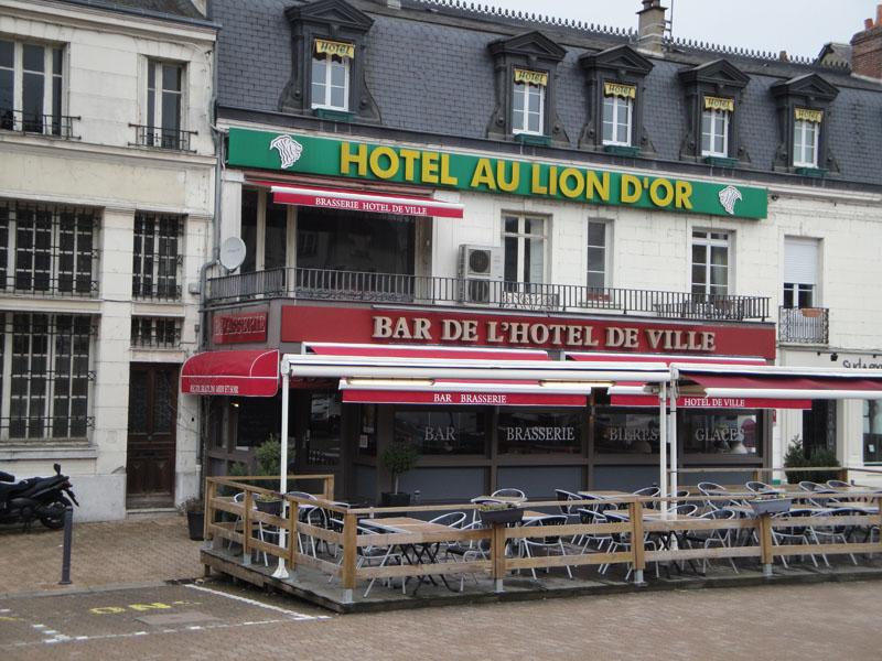 Brasserie de l'Hôtel de Ville à NOGENT-LE-ROTROU © OT Nogent-le-Rotrou