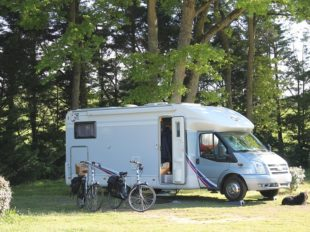 Camping Les Acacias à LA VILLE-AUX-DAMES - 9  © Camping Les Acacias