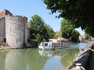 Visite de la ville de Montargis à MONTARGIS - 3  © AME