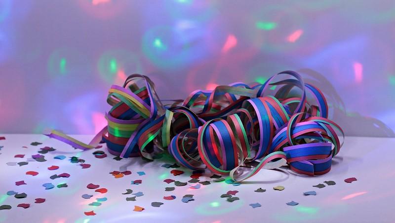 Carnaval à MONTLOUIS-SUR-LOIRE © S_Hermann_ F_Richter_de_Pixabay