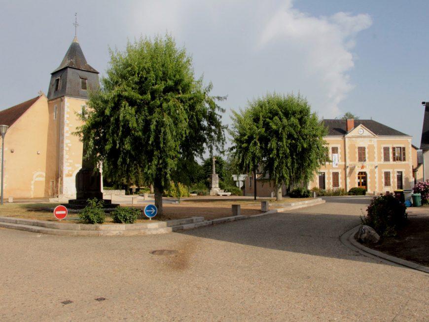Le long du Bouzanteuil à CHASSENEUIL © Mairie Chasseneuil