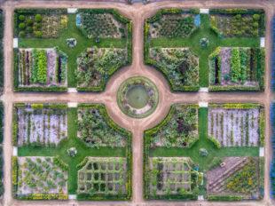 Château de Valmer – Vins et Jardins à CHANCAY - 3  © Charly's-Drone