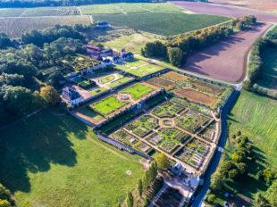 Château de Valmer – Vins et Jardins à CHANCAY - 7  © Charly's-Drone