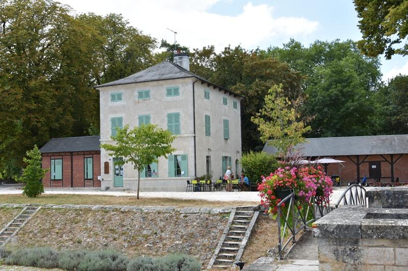 Chambres d'hôtes Le Relais de Mantelot à CHATILLON-SUR-LOIRE © Vue- OT Terres de Loire et Canaux - IRémy