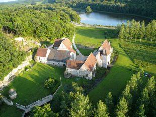 Château-monastère de la Corroirie à MONTRESOR - 3  © Jeff de Mareuil