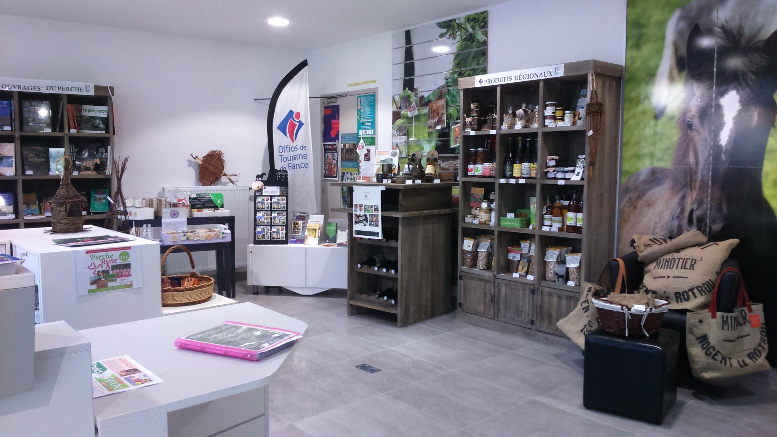 Boutique «Terres d'Eure-et-Loir» de l'office de tourisme à NOGENT-LE-ROTROU © Office de Tourisme du Perche