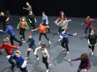 Centre Chorégraphique National d'Orléans à ORLEANS - 5  © CCNO - atelier de danse au CCNO