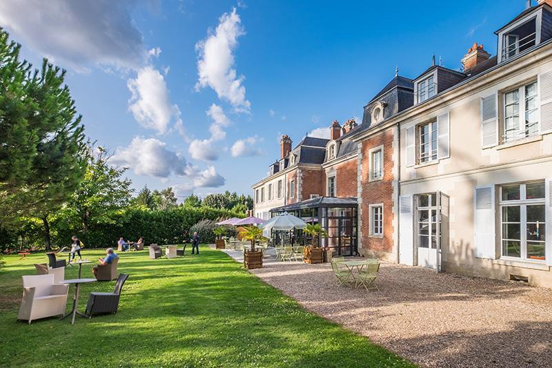 Hotel-Restaurant & Spa du Domaine des Thomeaux à MOSNES © domainedesthomeaux