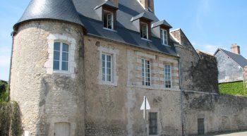 Ferme-château de Varize