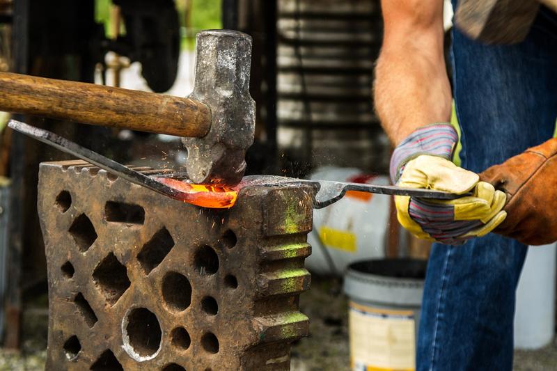 Fête Fer Feu Forge à SAINT-PLANTAIRE © Tibine Pixabay