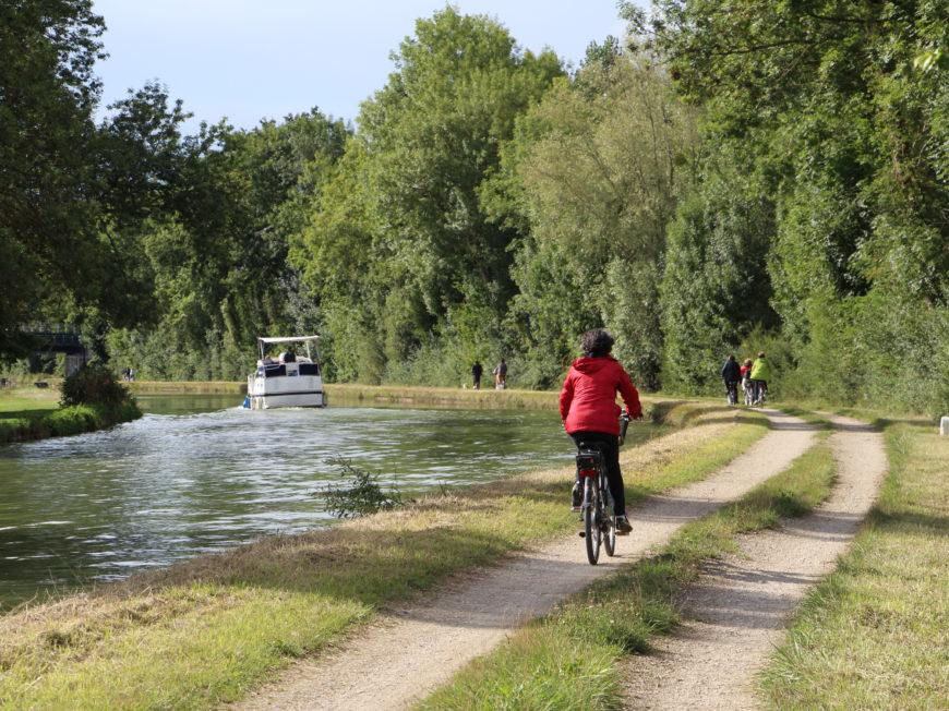 Laissez vous … guider à vélo ! à MONTARGIS © OT AME