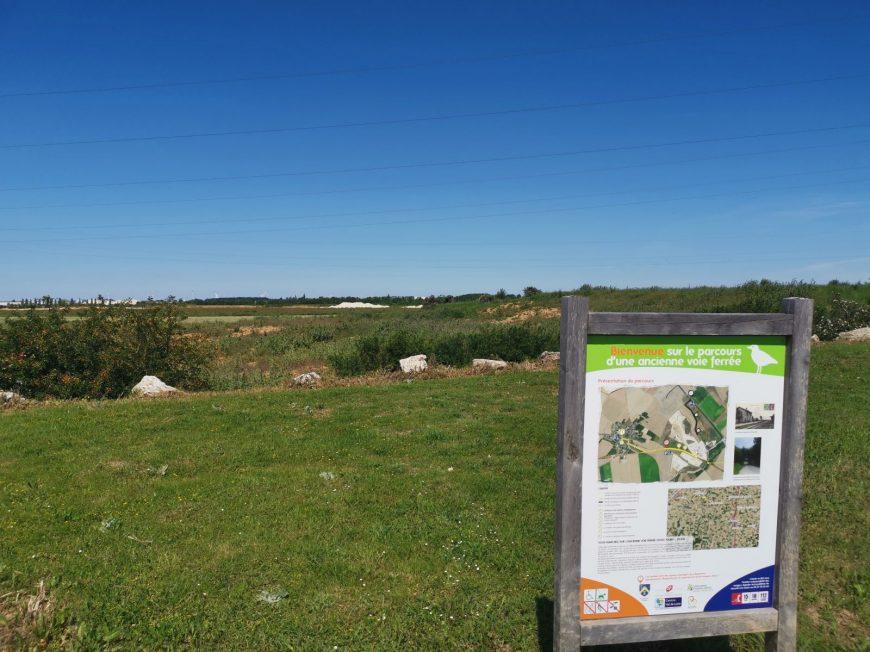 Sentier de découverte des carrières de Prasville à PRASVILLE © morizea