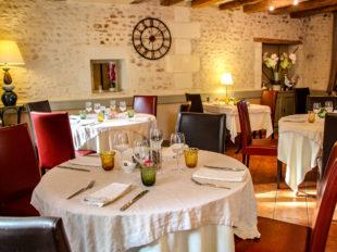 Auberge du Cheval Rouge à CHISSEAUX - 3  © Office de Tourisme Chenonceaux Bléré Val de Cher