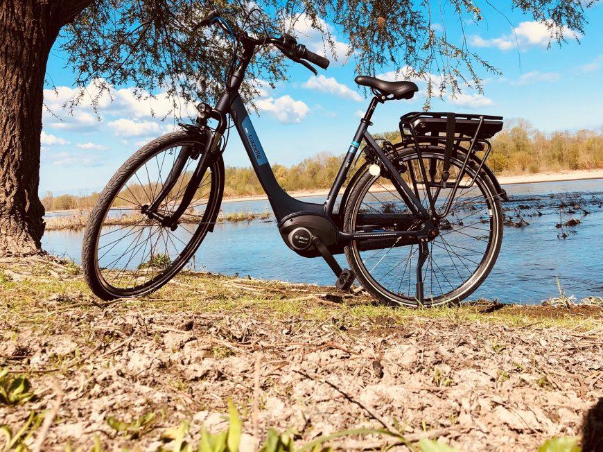 Stations Bee's – Location de vélos électriques et rosalies à Chaumont-sur-Loire à CHAUMONT-SUR-LOIRE © OUI