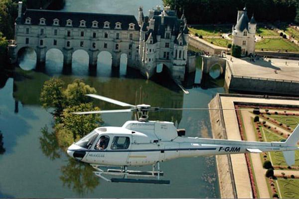 Héliberté HJS (Hélicoptères Jet Systems) à DIERRE ©  Droits réservés