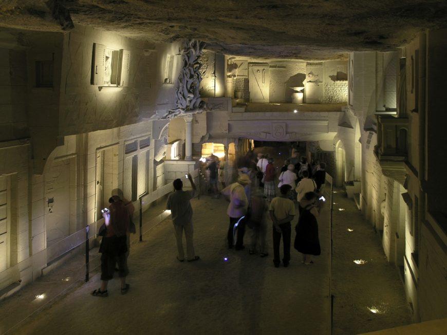 Carrière de tuffeau et ville souterraine à MONTRICHARD VAL DE CHER © cave-des-roches