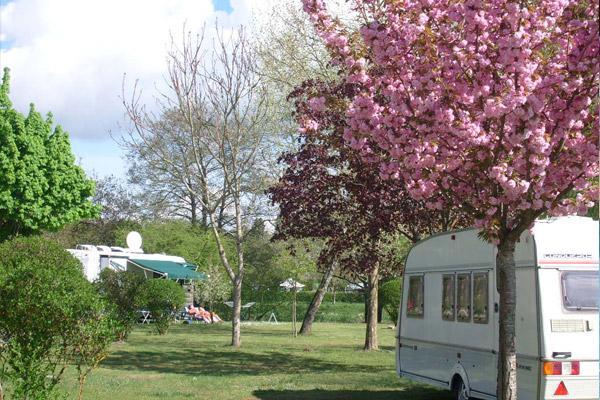Camping Le Moulin Fort à FRANCUEIL ©  Droits réservés