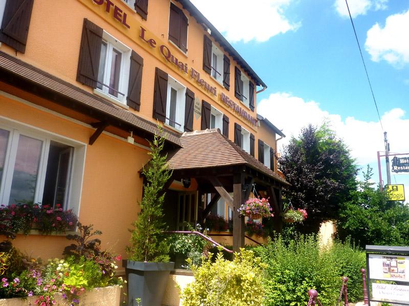 Le quai fleuri hôtel à LES VILLAGES VOVEENS © Le Quai Fleuri