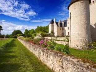 Château et Jardins du Rivau à LEMERE - 7  © Clive Nichols Garden Picture