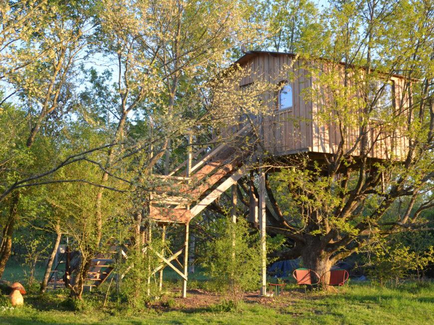 La Ferme de la Rougerie – Maison dans l'arbre à CONFLANS-SUR-LOING © RICARDOU