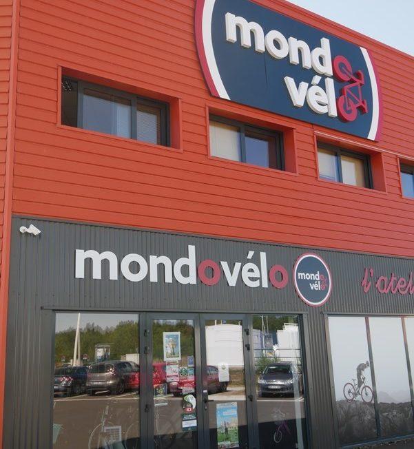 MONDOVELO – ESPRIT BIKE à LA VILLE-AUX-DAMES © Mondovelo-ADTTouraine-FMatteo-2019