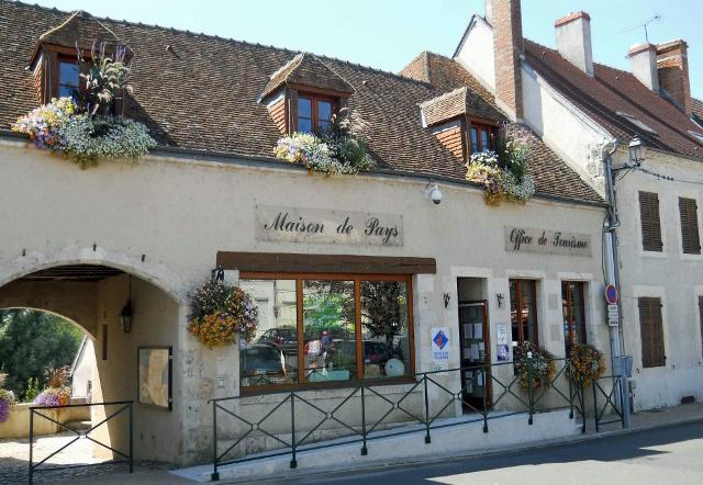 Office de tourisme Terres de Loire et Canaux – Bureau d'accueil de Bonny-sur-Loire à BONNY-SUR-LOIRE © OTTLC