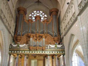 Eglise Saint-Salomon Saint-Grégoire à PITHIVIERS - 2  © G.Remy