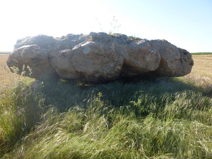 Dolmen de la Pierre Couverte à VARIZE © mtcb