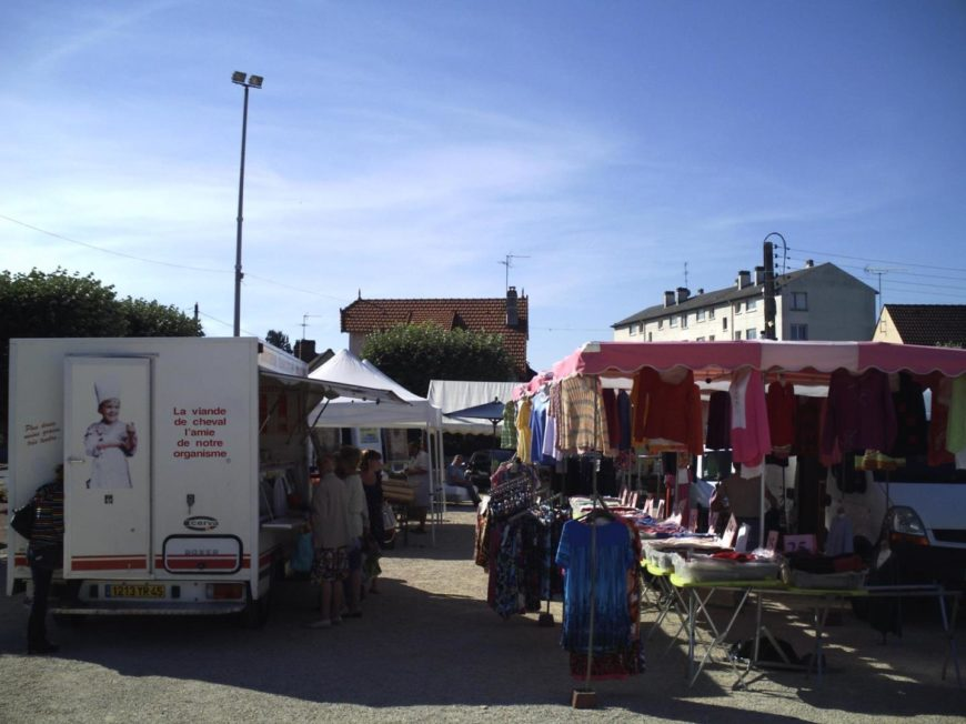 Marché de CHALETTE-MARDI à CHALETTE-SUR-LOING © crédit ville de Chalette-sur-Loing