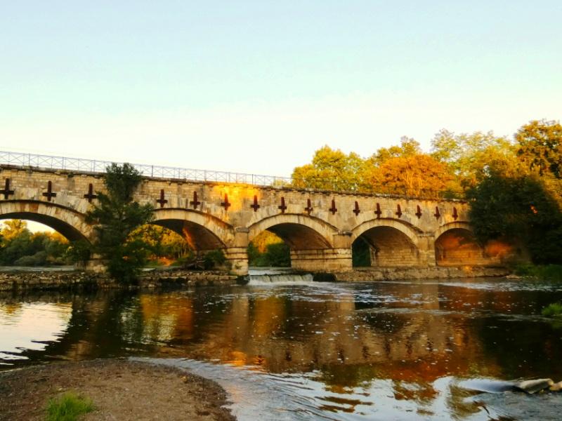 Pont-canal de la Tranchasse à COLOMBIERS © Office de Tourisme Coeur de France