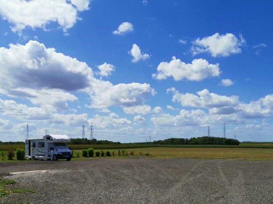 Aire de service de camping-car à GUILLEVILLE © Aire de service de camping-car