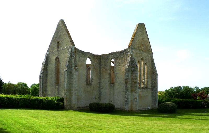Eglise Saint-Lubin de Yèvre-le-Chatel à YEVRE-LA-VILLE © ADRT