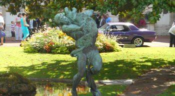 Statue du Chien Mgis 1